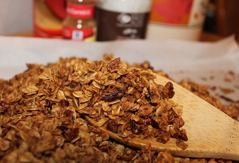 Skip the store-bought granola and whip some up at home using ingredients you likely have on hand! Check out our Crunchy Granonla recipe on the blog!
