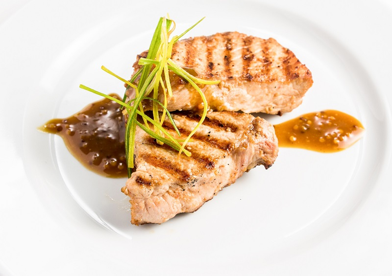 Cook something different and approach weight loss differently with the help of healthy dinner recipes with pork for weight loss.