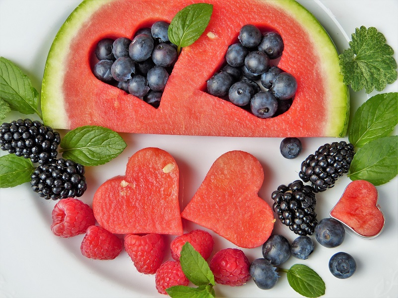 """The words """"healthy"""" and """"dessert"""" are not always paired together. Here are some healthy desserts you can feel comfortable sharing with anyone this Summer!"""