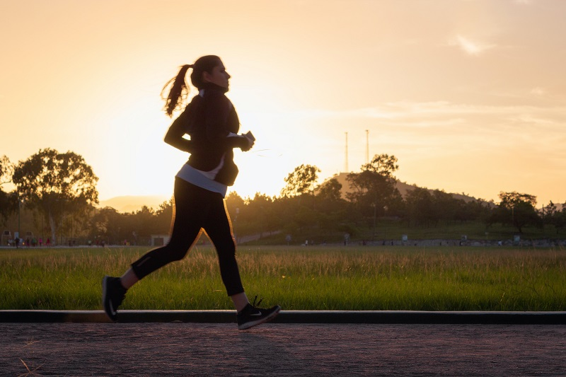 10 Minute Workouts Woman Jogging